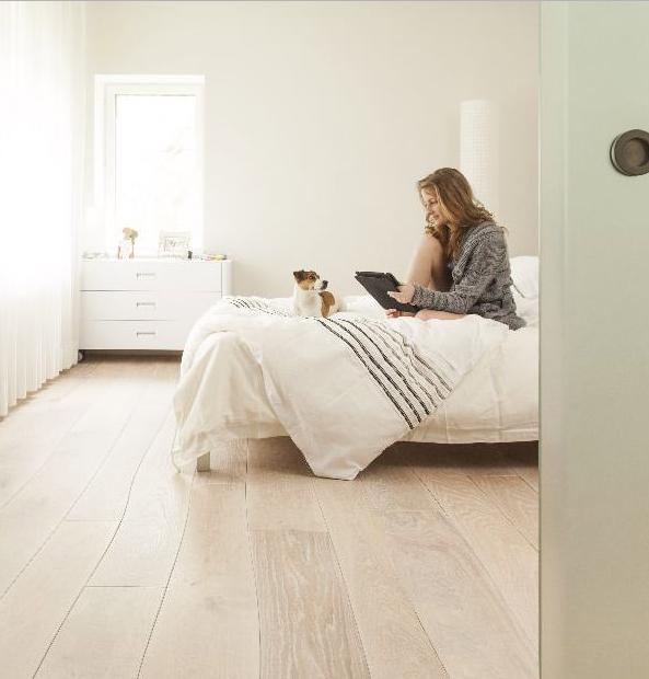 parquet courbe montpellier p11 parqueteur sur montpellier histoire du parquet. Black Bedroom Furniture Sets. Home Design Ideas