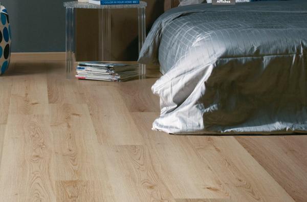 sol stratifi pas cher montpellier p24 parqueteur sur. Black Bedroom Furniture Sets. Home Design Ideas